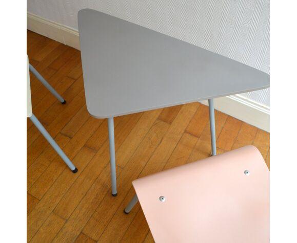 Table tripode et chaises vintage 1950