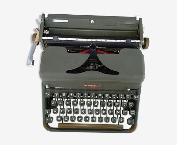machine à écrire portative Hermes 2000 avec sa valise de transport