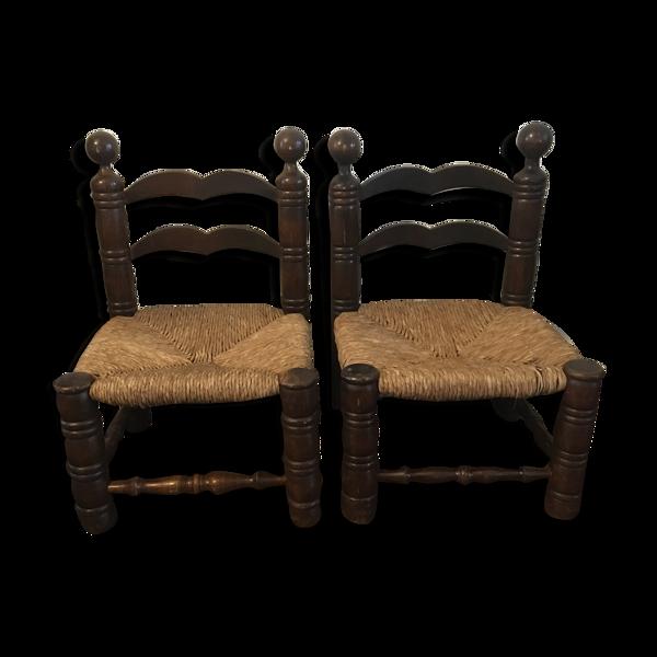 Paire de chaises basses art populaire