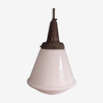 Suspension art déco avec globe conique en opaline blanc