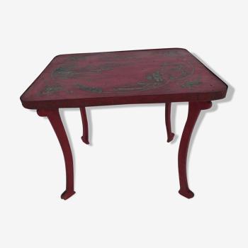 Table d'appoint rouge de chine années 50