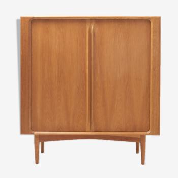 High Sideboard in Oak par Bernhard Pedersen &Son, Danemark - Années 1960