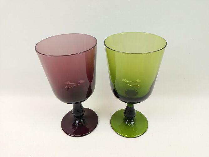 Paire de verres sur pied mauve et vert grand modèle 20cm