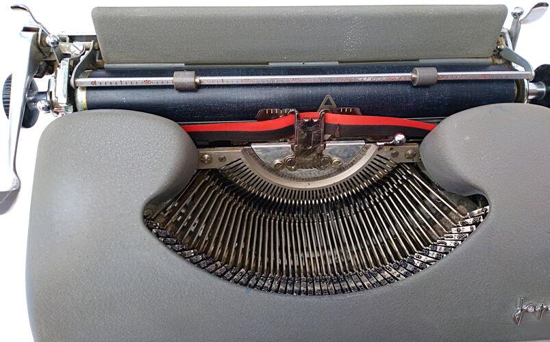 Machine à écrire portative Japy dans sa malette d'origine