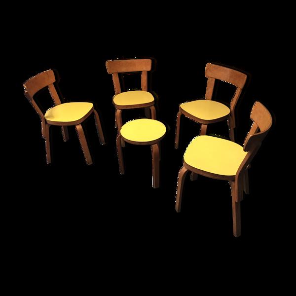 Lots de 4 chaises et un tabouret