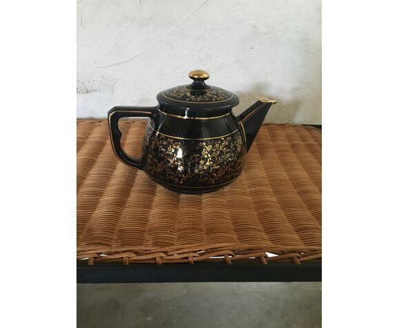 Cafetière théière en porcelaine noire et or Longchamp