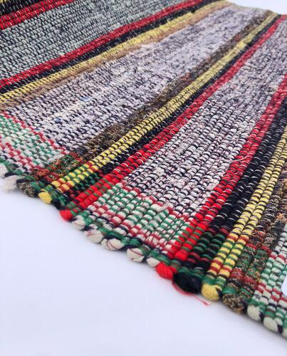 Suédois contemporain tissé à la main coton artisanat multicolore vert rouge jaune noir chiffon tapis