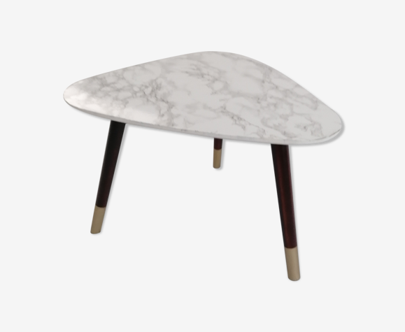 Table d'appoint style marbre