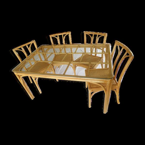 Selency Table de salle à manger en rotin et ses quatre chaises assorties