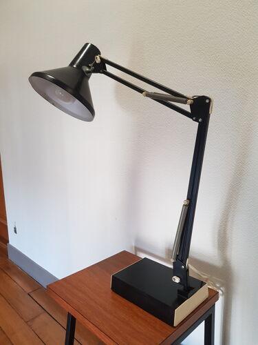 Lampe architecte sur socle