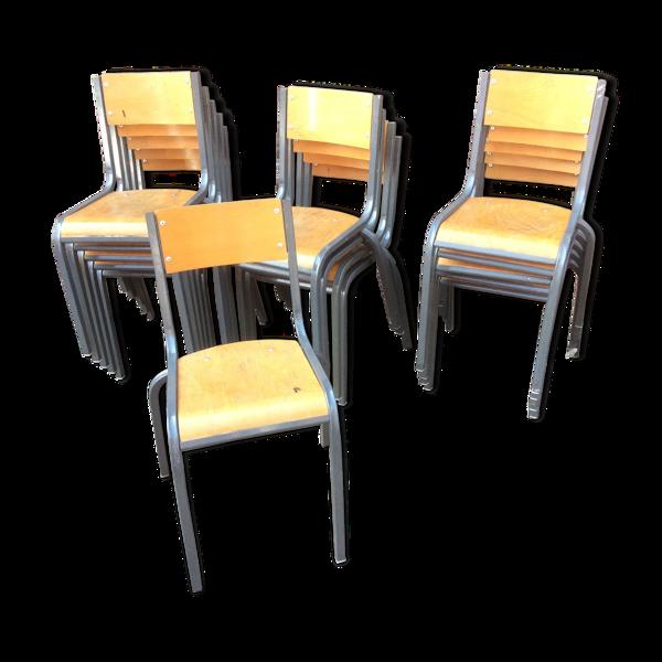 Lot de 15 chaises d'école mullca 510 vintage
