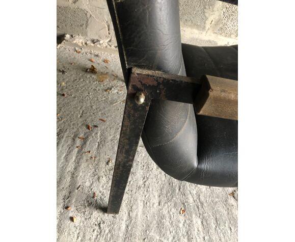 Paire de fauteuils Las Vegas de Pierre Guariche