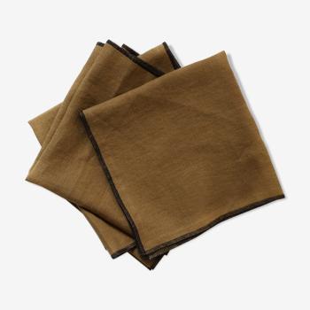 Lot de 4 serviettes camel en lin upcyclé