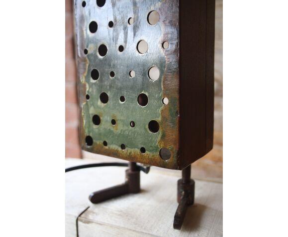 Lampe artisanale métal
