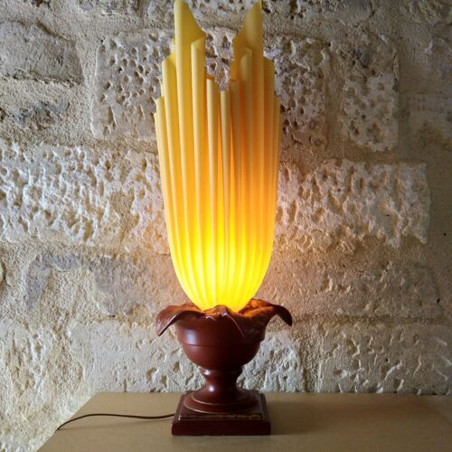 Lampe torche enflammée signée Georgia Jacob