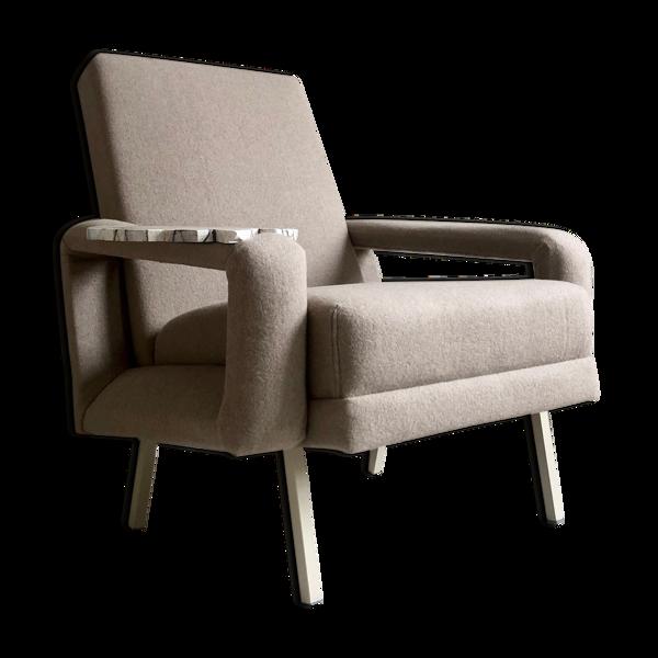 Selency Fauteuil design vintage avec tablette en faux marbre