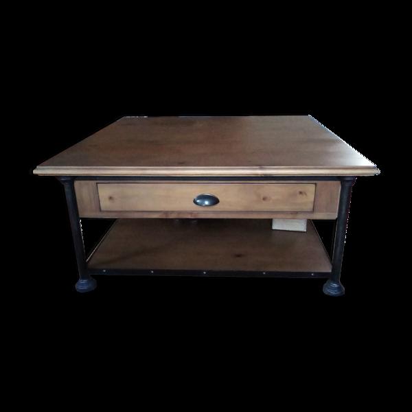 Table basse carré