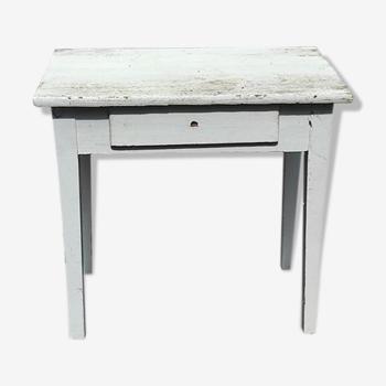 Table en bois blanche ancienne avec un tiroir