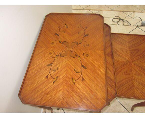 Tables gigognes de style