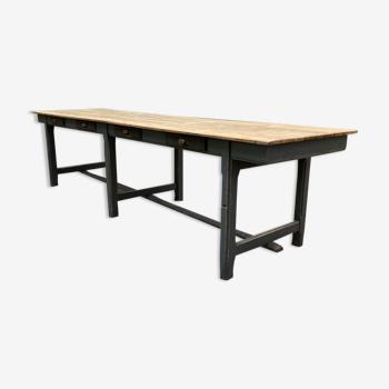 Ancienne table de réfectoire