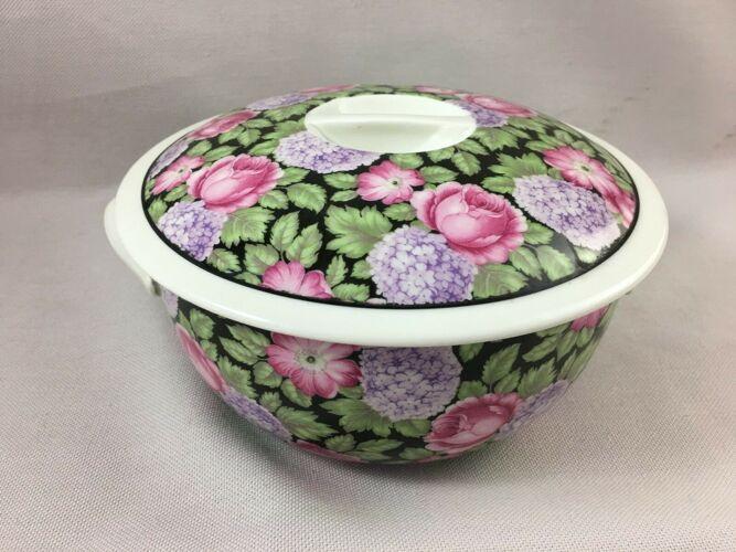 Plat en porcelaine pilivuyt pilivite