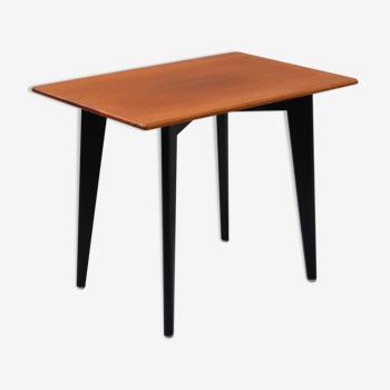 Table Basse en Teck Fabriqué en Suède Circa 1950