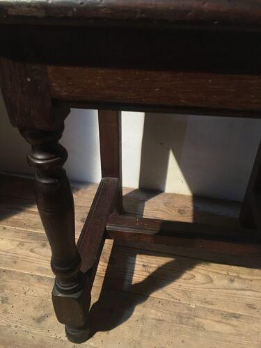 Chaise en chêne rustique