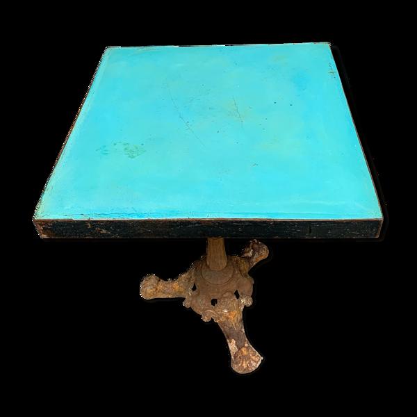 Table de bistrot carrée époque 1950