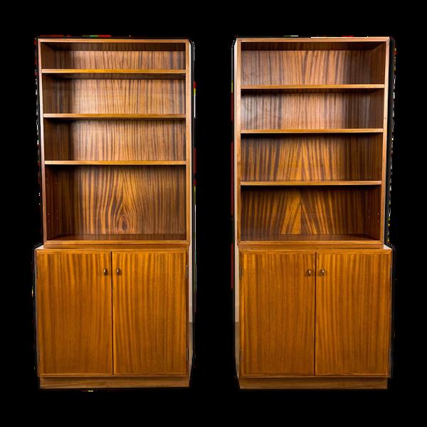 Ensemble de deux bibliothèques modernes suédoises du milieu du siècle par Royal Board