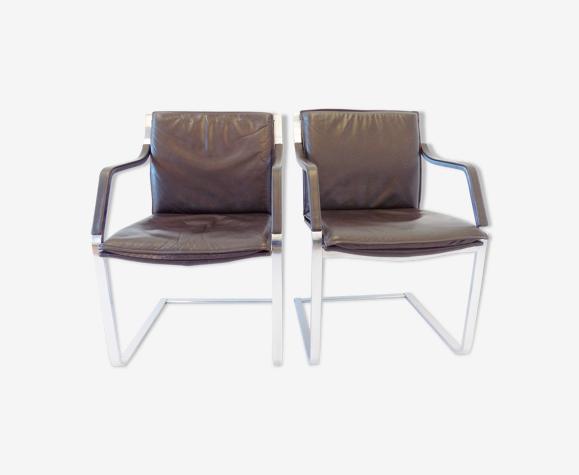 Ensemble de 2 fauteuils en cuir brun par Rudolf Glatzel