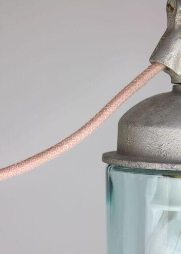 Paire de suspensions en métal gris