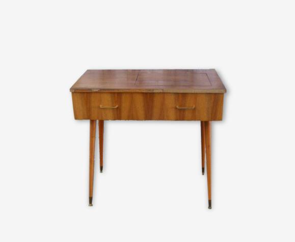 Table de couturière vintage, avec des pieds compas vintage