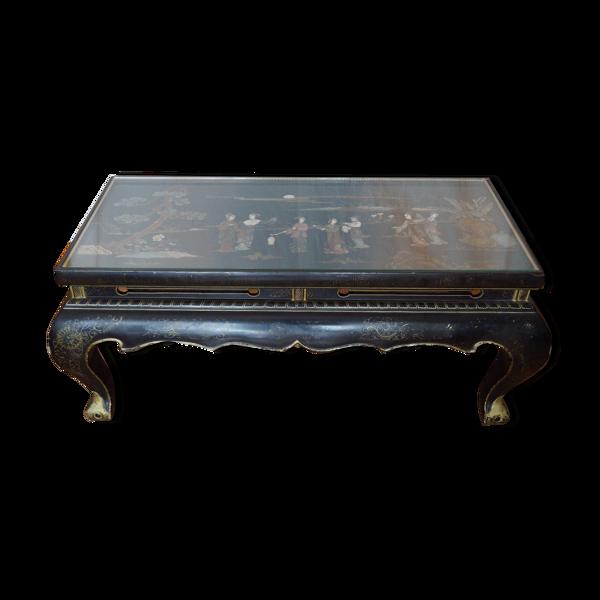 Table basse chinoise en bois avec incrustation pierre