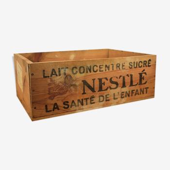 Caisse bois de transport Nestle.