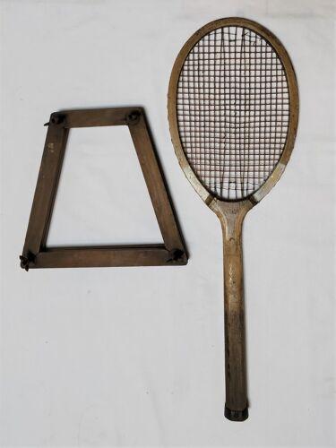 Ancienne raquette de tennis en bois