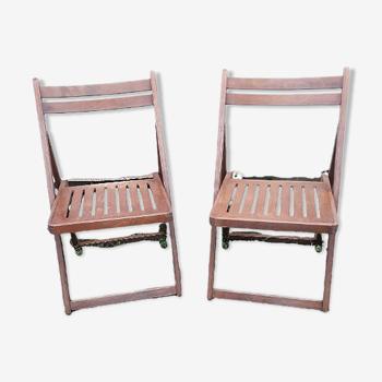 2 chaises pliantes en bois