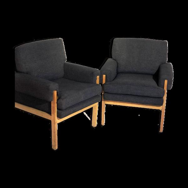 Paire de fauteuils en tissu et bois 1960