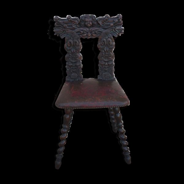 Chaise en bois sculpté XIXème