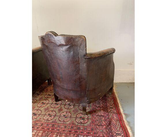 Paire de fauteuils club en cuir  fin XIX