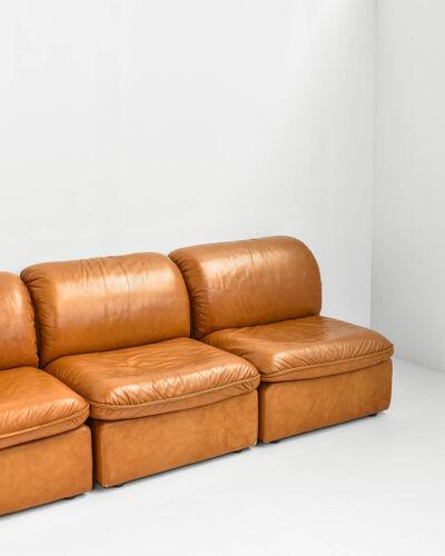 Canapé modulaire en cuir cognac des années 70