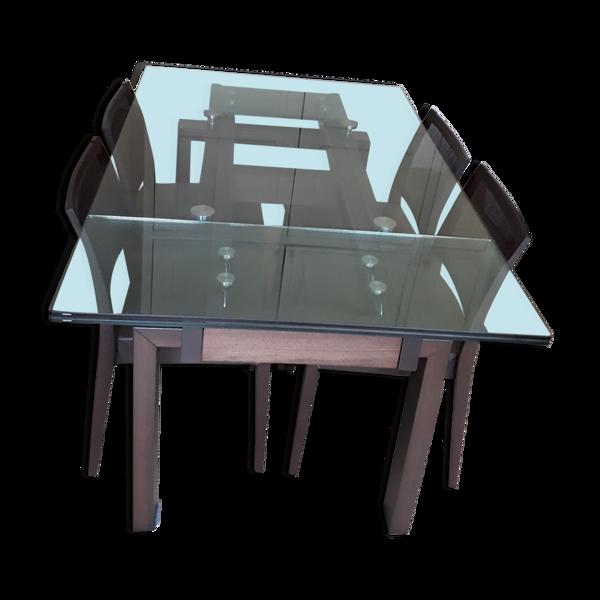 Table salle a manger et 4 chaises