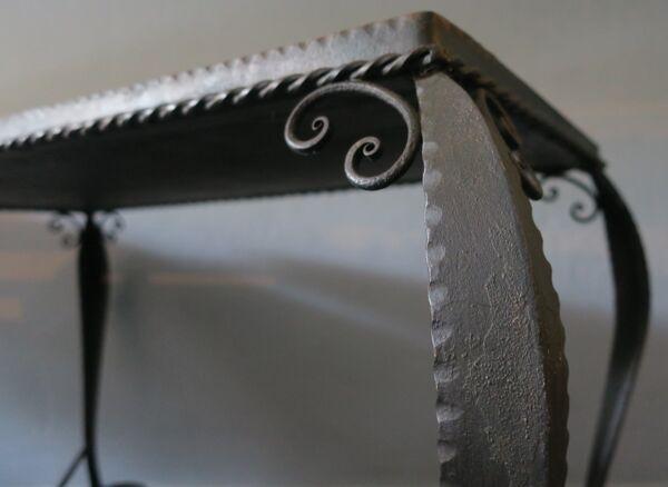 Table basse carrelée en fer forgé du milieu du siècle