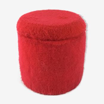 Pouf coffre en moumoute rouge vintage