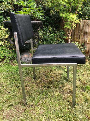 Paire de chaises design 1970