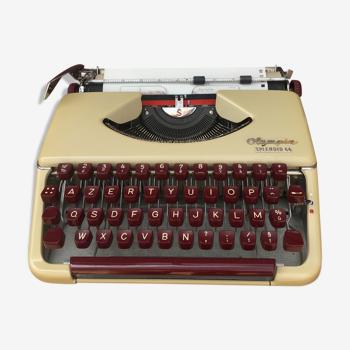 Machine á écrire olympia splendid 66