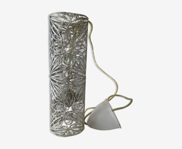 Sculpted metal suspension