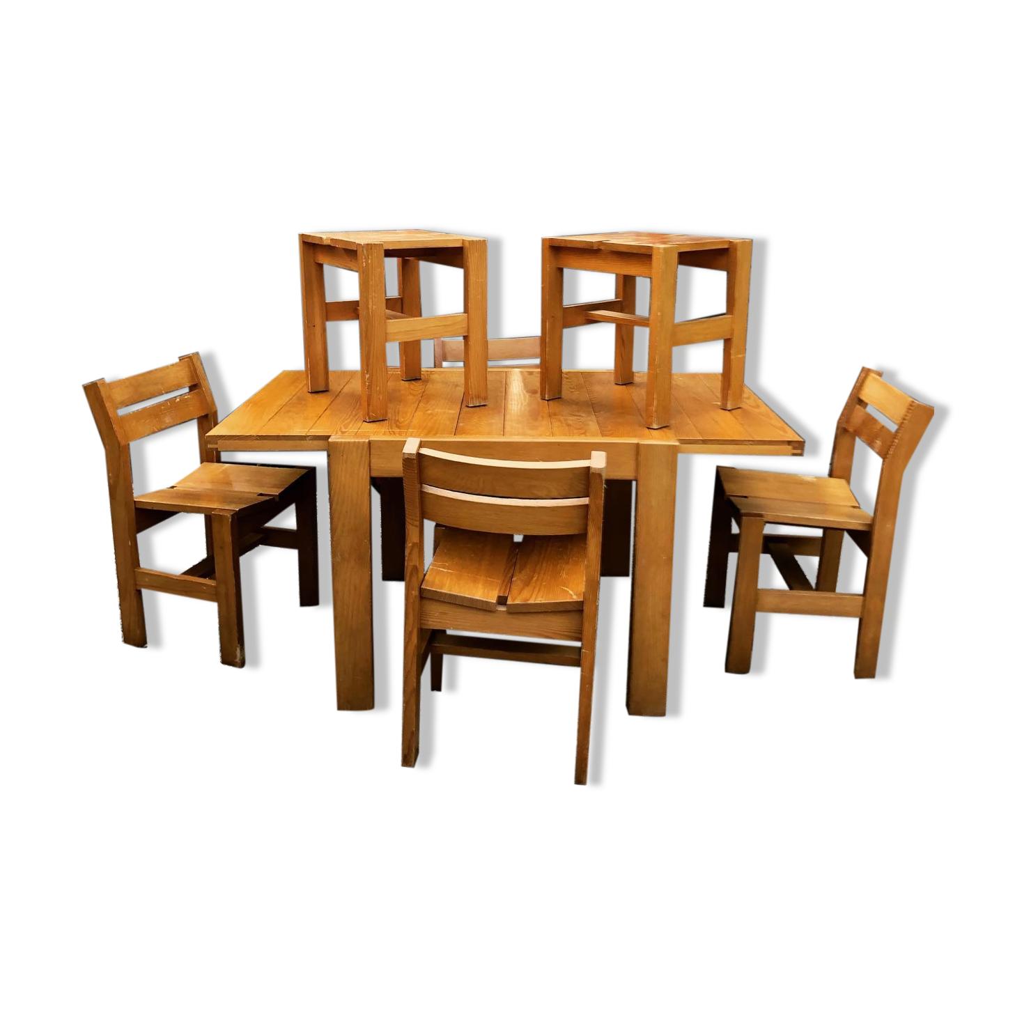 Ensemble table, chaises et tabourets années 60