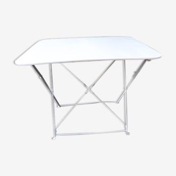 Rectangular folding metal garden table