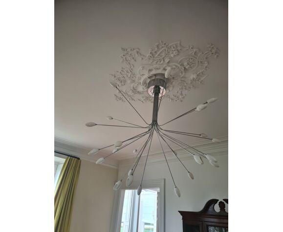 Suspension design forme bouquet acier et verre