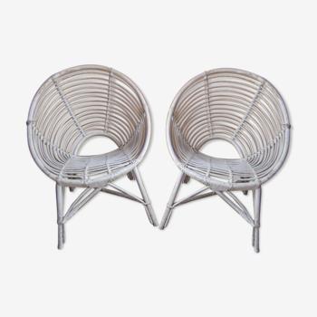 Paire de fauteuils en rotin blanc des années 60 modele bb